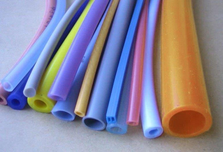 Tubo de silicone colorido